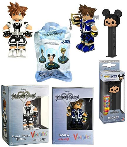 Hooded Mickey Figure Head Disney Character Disepenser Pez Bundled with Vynl Figure Mini Blind Bag / Keyblade & Final Form Player Exclusive 4 Items