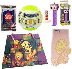 Tweet Toons Cadet Looney Pop! Figure Head Pig Bundled with Tweety Bird Memo Pad & Notebook + Mini Blind Capsule Character & Bugs Bunny Comicball Trading Pack + Pez 5 Items